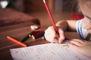 Dicas práticas para a volta às aulas saudável das crianças
