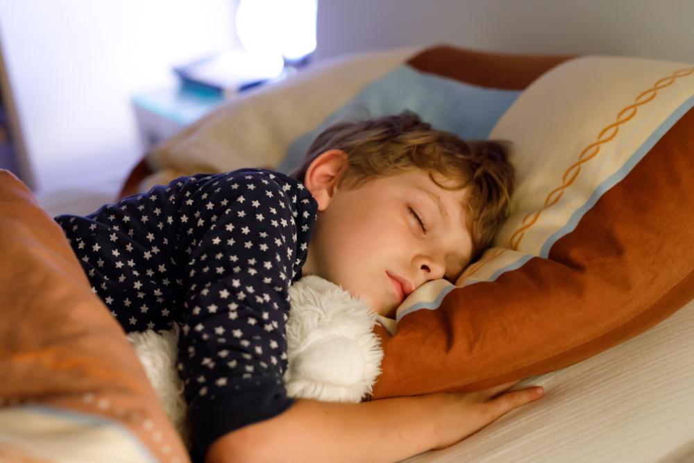 Existe alimentação para a criança dormir melhor?